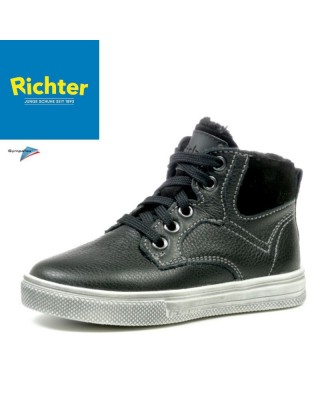 Richter fekete bélelt cipő