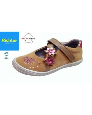 Richter bézs lakk balerina cipő