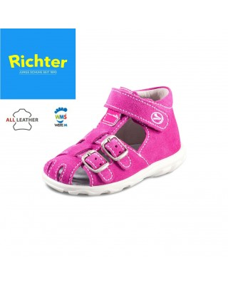 Richter rózsaszín zárt szandál