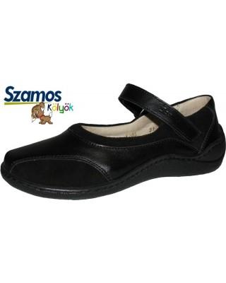 Szamos kölyök fekete pántos cipő