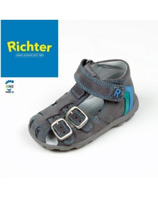 19es Richter szürke zárt...
