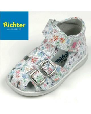 Richter virágos zárt szandál