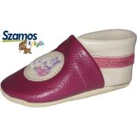 Gumitalpú zokni/Bőrtalpú cipő